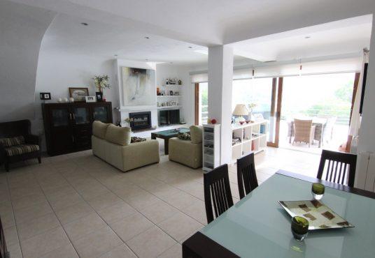 CD205685-Villa-in-Moraira-05
