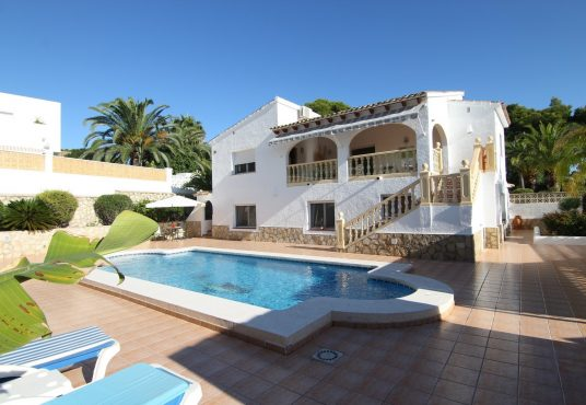 CD230602-Villa-in-Moraira-01